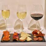 Viqh aan huis, Wijnproeverij, WijnSpijs, Haarlem, wijnspijswandeling wandeling, zalm, groentechips, potje, kaas, vlees, charcuterie