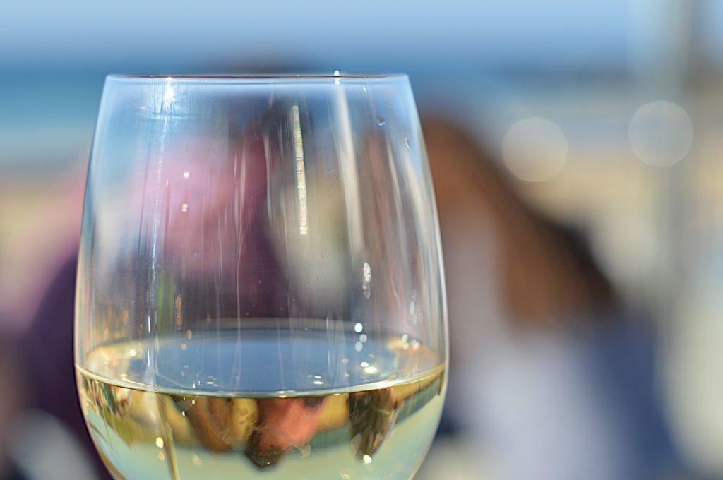Een verdejo uit Murcia tijdens de compleet gepersonaliseerde wijnproeverij die in het teken stond van Johan Cruijff.