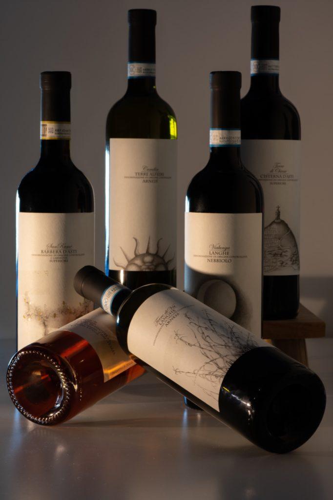 Piemonte wijnbox van het familie wijnbedrijf Vincenzo Bossotti. 6 heerlijke wijnen die met veel passie door de hele familie gemaakt zijn