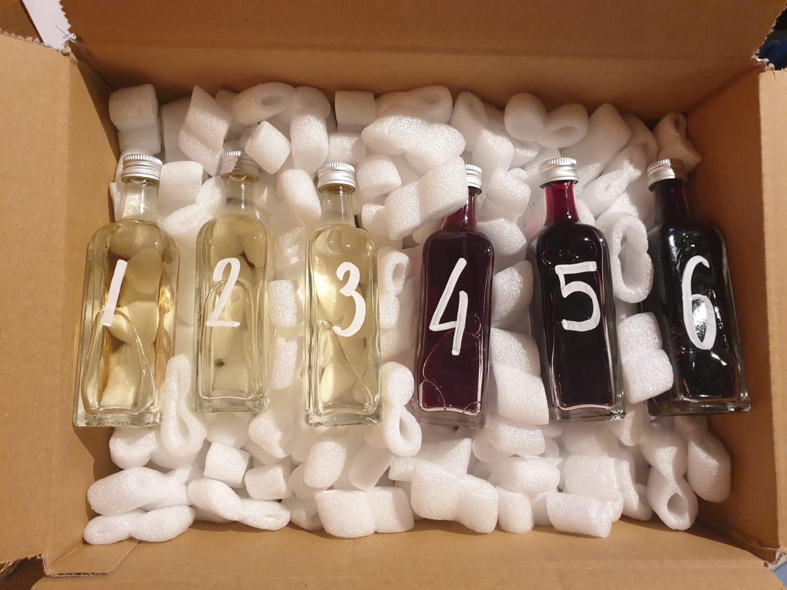 De proefeenheden voor de online wijnproeverij.